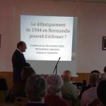 Jacques Le Carpentier devant un public attentif
